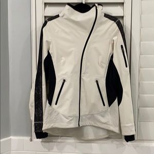Lululemon white lace sleeve reflective jacket